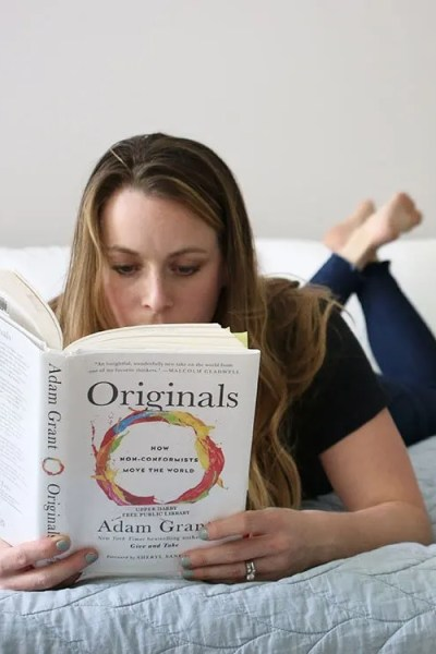 10+ Ways to Find and Make More Time to Read