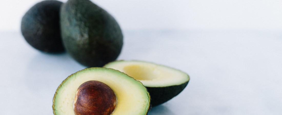 The Curated Kitchen focuses on the health benefits of avocados, as well as ways to include them in healthy recipes and tips and tricks for use. Click through the full article! | Honestly Nourished | www.honestlynourished.com