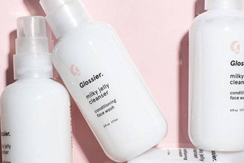 Today we're taking a look at the full glossier skincare line up to get you the need-to-know on the best glossier products, must try glossier products and the glossier best and worst. Come take my hand dear friend...
