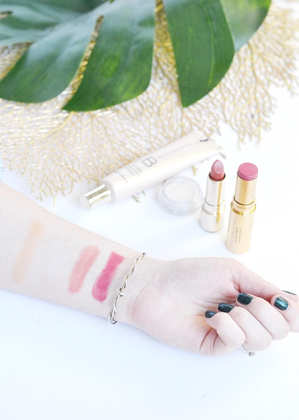 Edmonton Beauty Blogger Makeup My Pregnancy Skin Loves