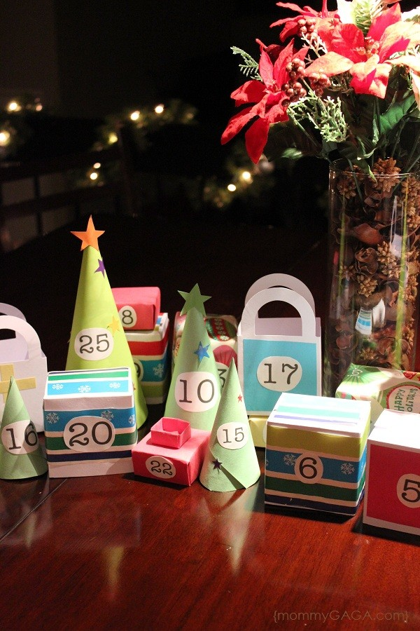 Countdow the days of December, make your own DIY paper Christmas advent calendar village