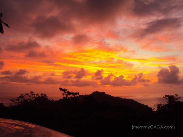 A gorgeous sunset photos in Manuel Antonio Costa Rica