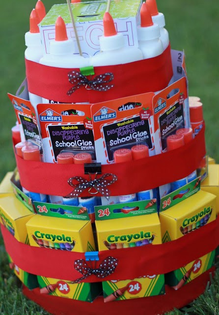 Back to school supply cake - homemade gifts for teachers