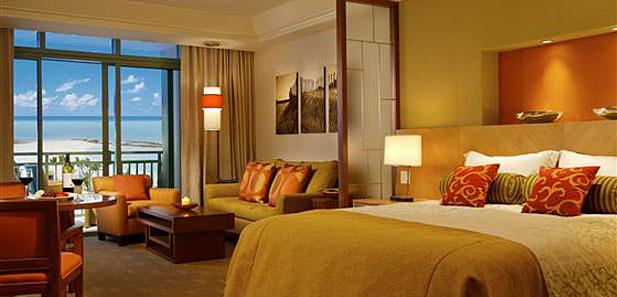 Atlantis Bahamas hotel rooms for families