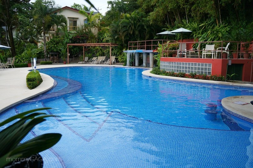 Adult pool and spa at Si Como No Hotel