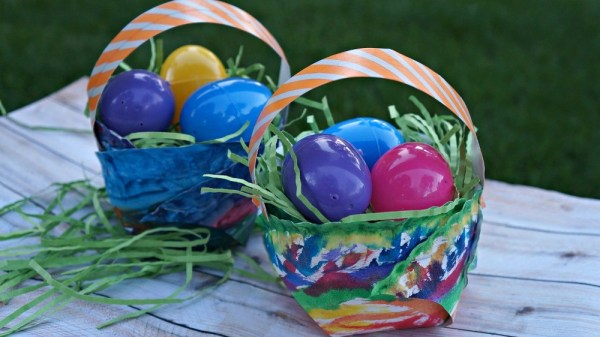 Paper plate watercolor Easter baskets craft