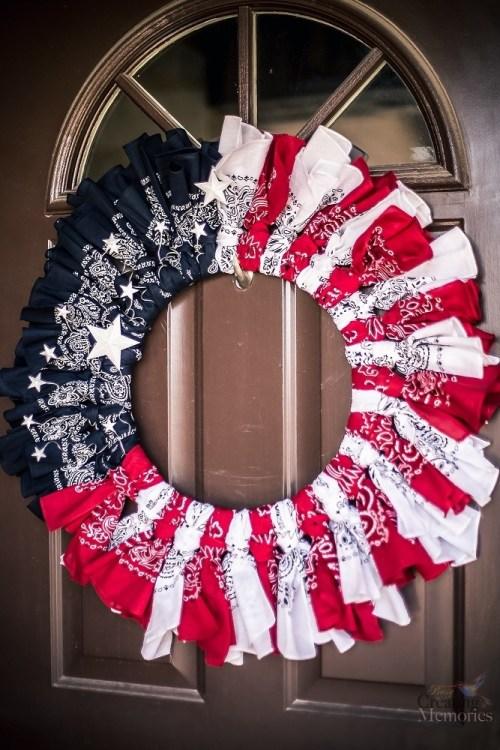 Patriotic-Bandana-wreath craft project
