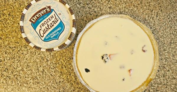 Making Frozen Custard Pie with Dreyer's® Old Fashioned Vanilla Frozen Custard