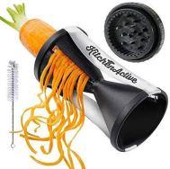 Pasta and veggie spiralizer