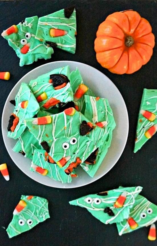 Cute halloween food ideas for a party - Monster Halloween Candy Bark