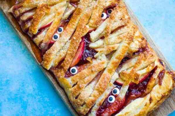 Mummy apple pie Halloween party food