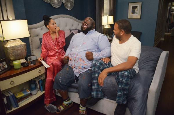 Black-ish ABC Man At Work, Tracee Elis Ross, Faizon Love, Anthony Anderson, ABC-Eddy Chen
