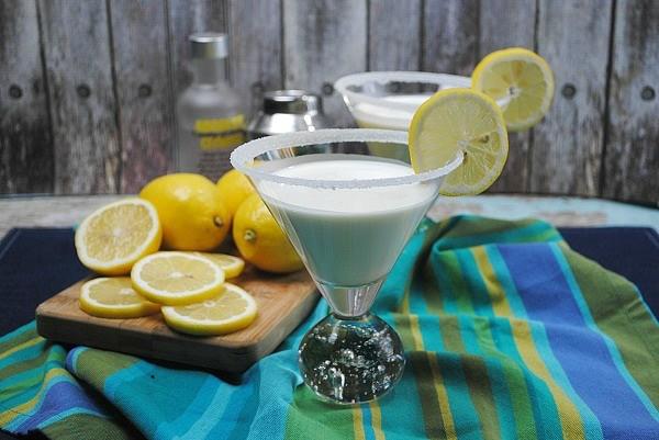 Lemon Meringue martini recipe