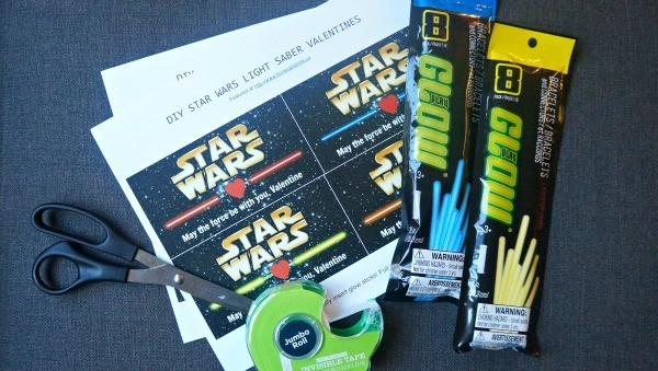 Making DIY Light Saber Star Wars Valentines, free printable here