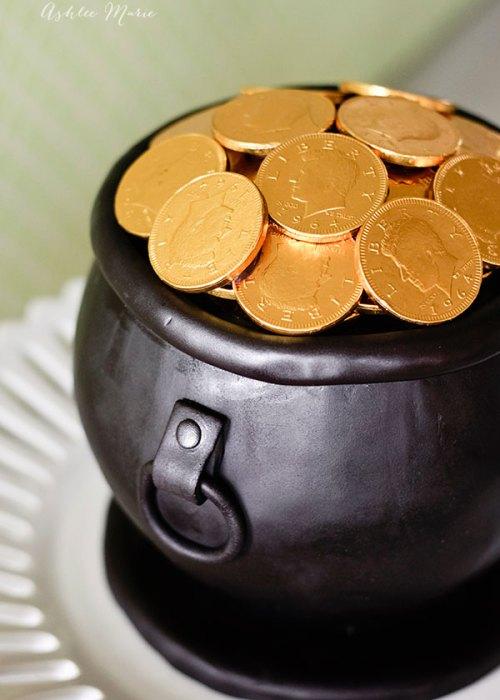 Pot O Gold cake tutorial, Ashlee Marie