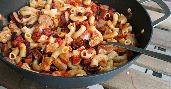 Quick and healthy one pot chicken and sausage chili pasta, takes only 30 minutes to make and is the perfect comfort food recipe for the fall season!