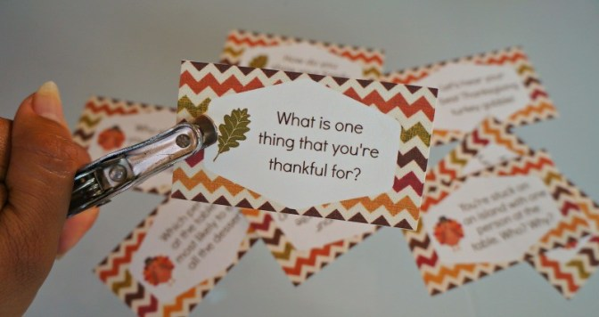 printable-thanksgiving-conversation-starter-cards-punch-holes-to-display