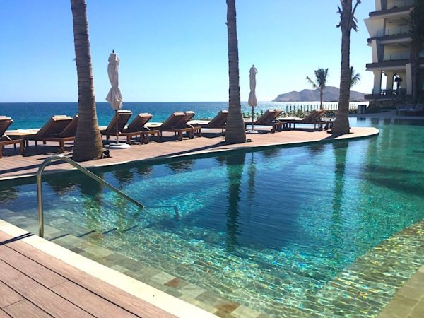 Adults only pool at Grand Velas Los Cabos