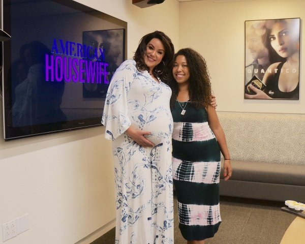 Pregnant Katy Mixon, Deanna Underwood, ABC American Housewife interviews