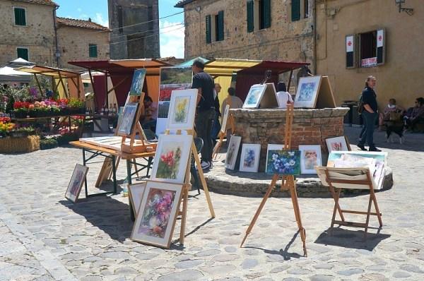 Art in Monteriggioni village, Tuscany, Italy
