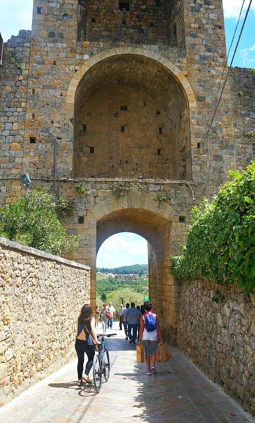 Bike ride to Monteriggioni village in Tuscany, Italy