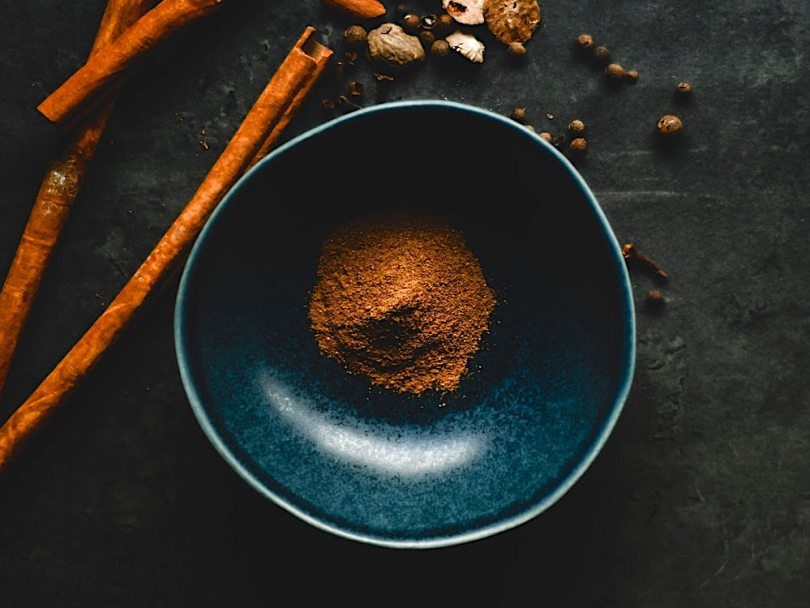 Homemade pumpkin spices cinnamon nutmeg for pie and pumpkin spice recipes