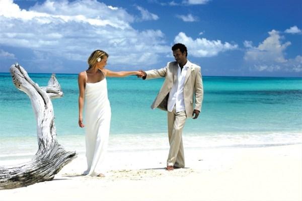 Photos of Antigua beaches, wedding on Fryers Beach