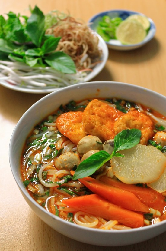 Best street food in Vietnam, rice noodles soup