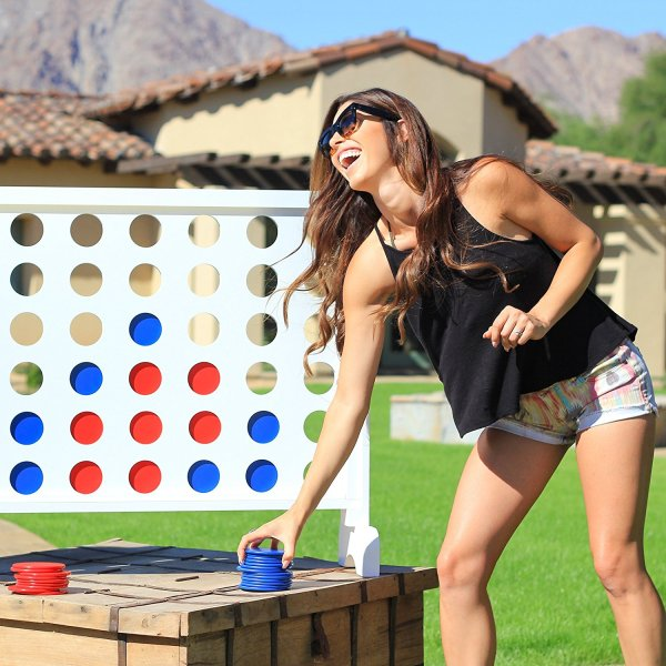 Giant outdoor games and ideas Connect 4