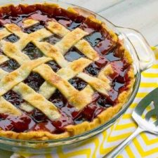 The-Best-Cherry-Pie-Recipe-With-Homemade-Filling