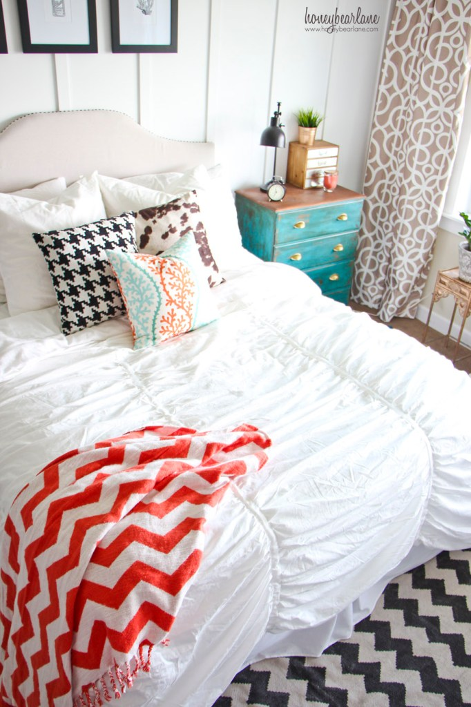 crane and canopy duvet cover 1