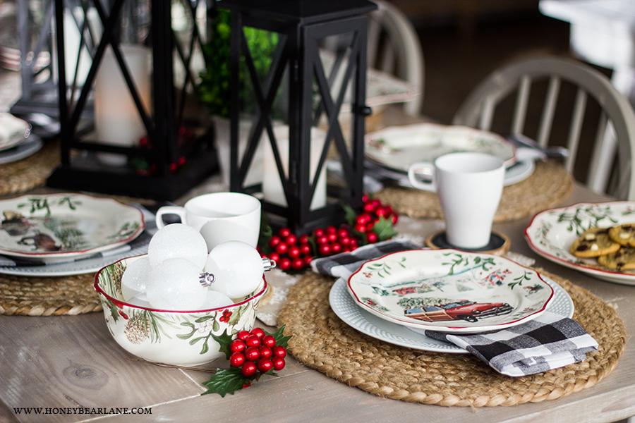 vintage-christmas-table