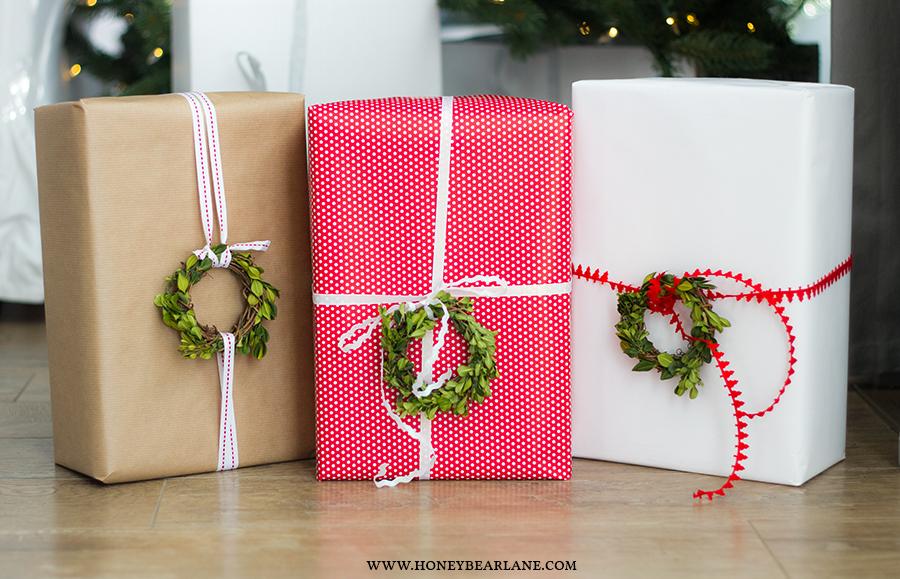 boxwood-wreath-gifts