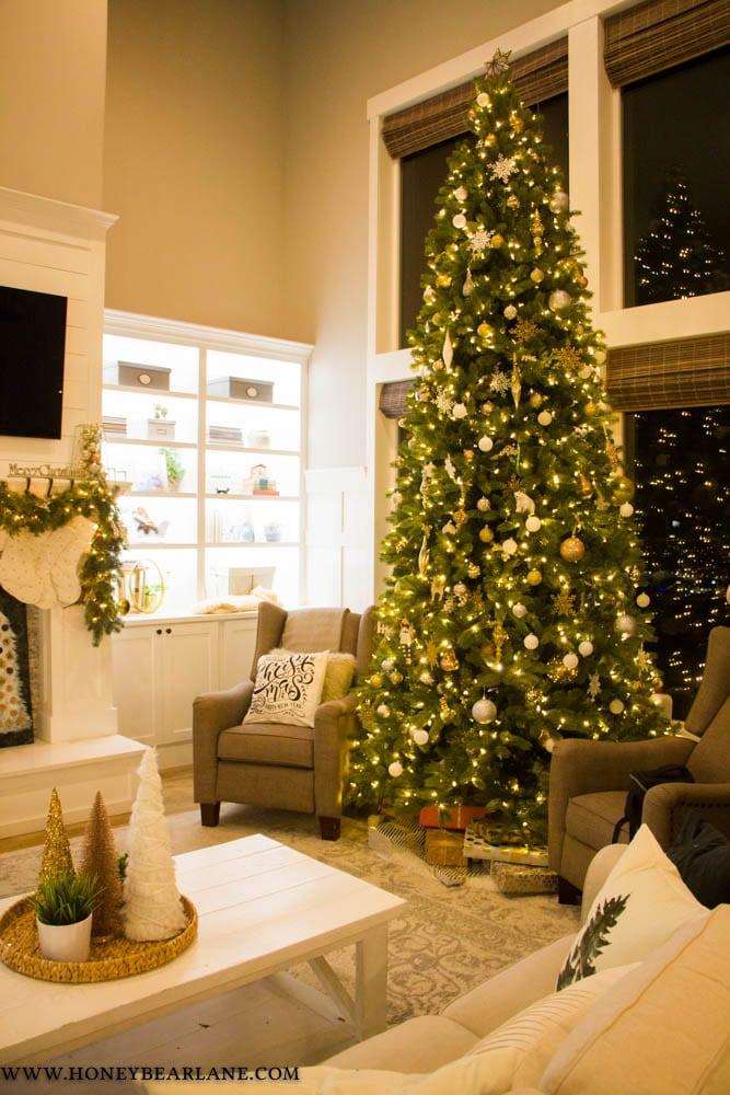 A Christmas Progressive Dinner - Honeybear Lane
