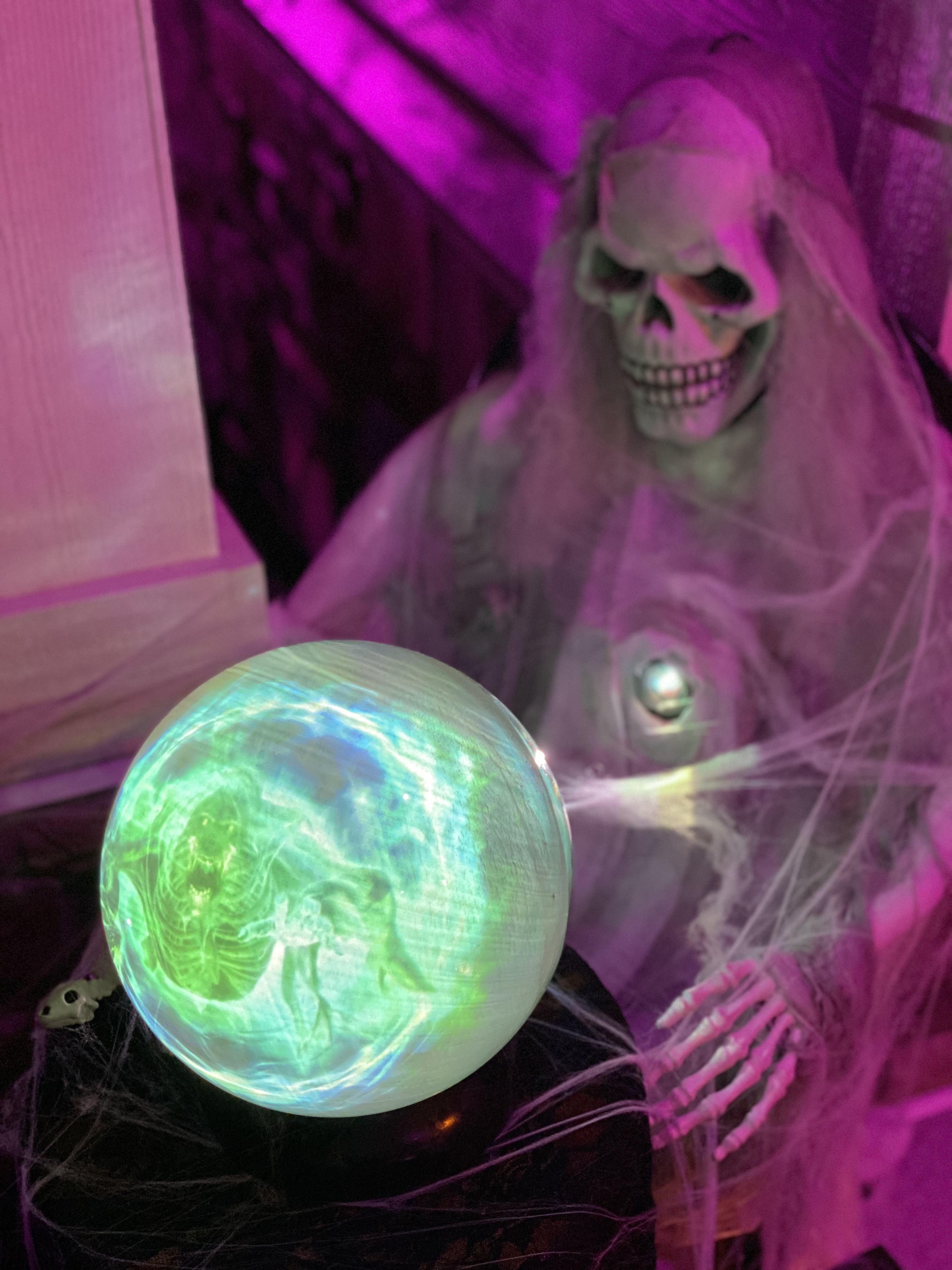 Halloween Crystal ball with projector