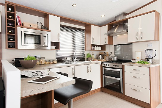 Fully fitted modern kitchens