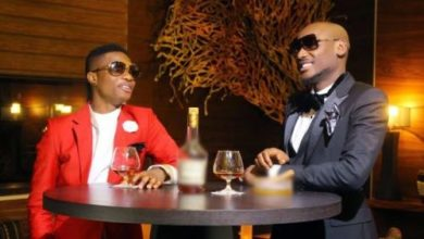 Photo of #Headies14th: Oh No! See How Wizkid Greets 2baba (Video)