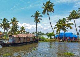 kerala honeymoon packages boat house