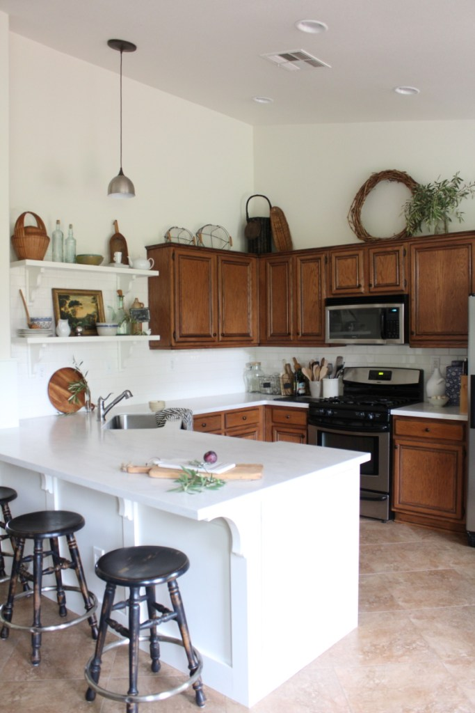 4 Inexpenxive Ways To Update A Tired Kitchen