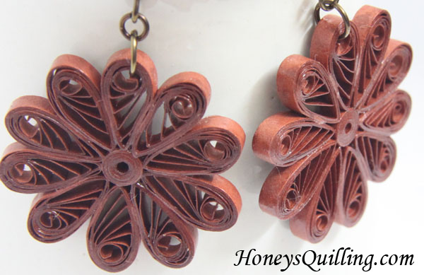 Making Paper Quilled Jewelry Tip #8 - Hiding the ends of your strips - Honey's Quilling