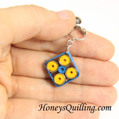 Indian inspired design paper quilled earrings by Honey's Quilling