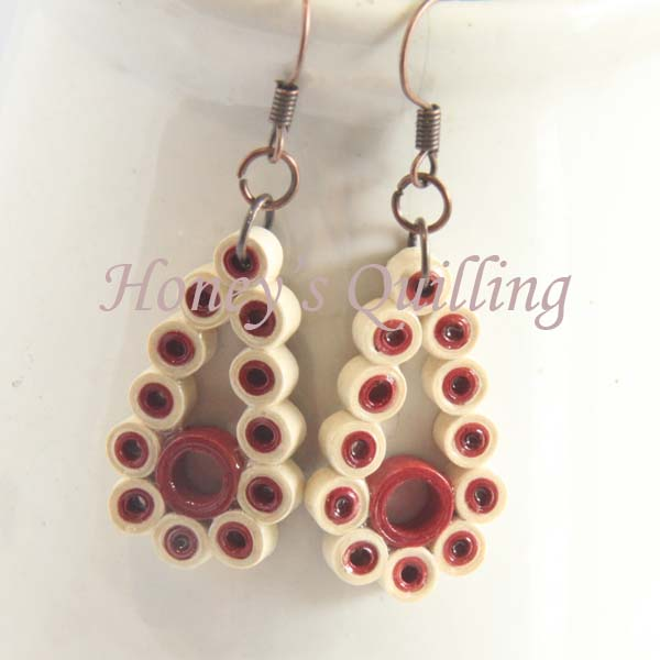 Free tutorial - make these paper quilled teadrop dot earrings in any color! - Honey's Quilling