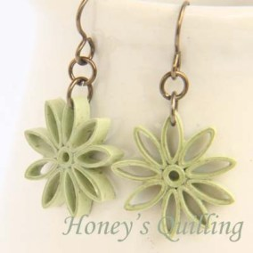 nine pointed star earrings - willow green