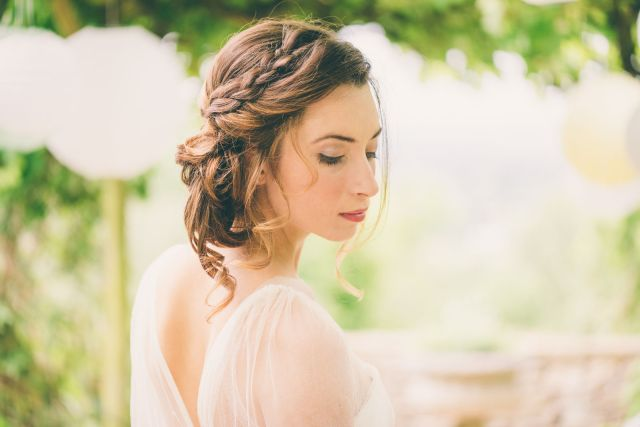 wedding hair stylist in gloucestershire | honeystone hair by