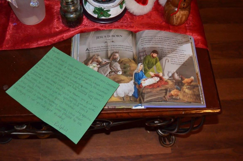 Unique Elf Ideas, creative, Elf on the Shelf, Jesus' Birth