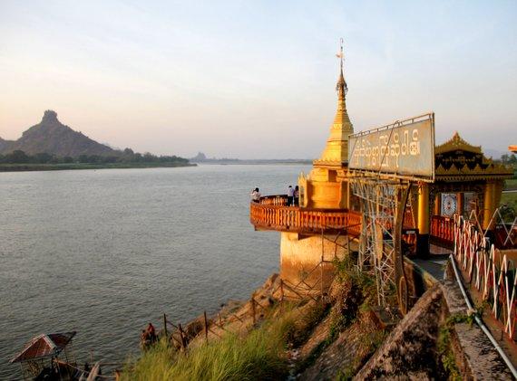 Shweyinhmyaw Paya, at sunset, Hpa-An, Myanmar