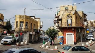 More than 100 pieces of street art scatterd around Wadi Nisnas neighborhood. A walk here is a treasure hunt of poems, paintings, and scupltures.