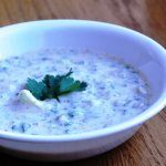 Piyaz Aur Dhaniya Ka Raita (Onion and Cilantro in Yogurt Sauce)