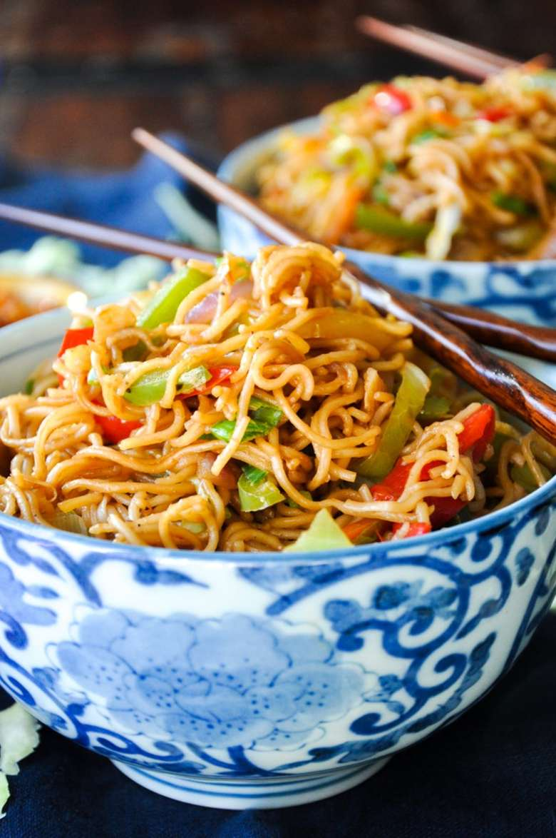 Vegetable Hakka Noodles (vegan)