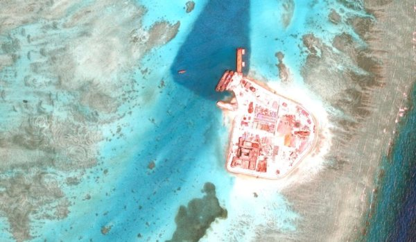 Troubled waters: Conflict in the South China Sea explained ...